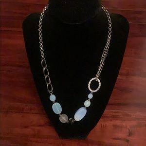 Beautiful necklace!